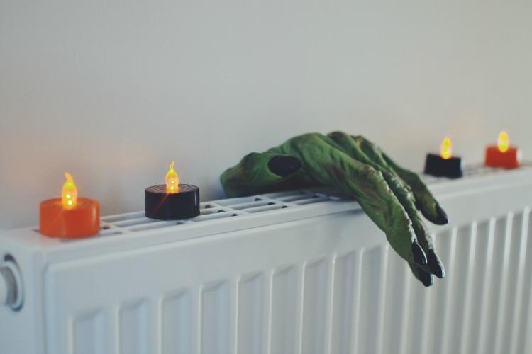 scary hand halloween