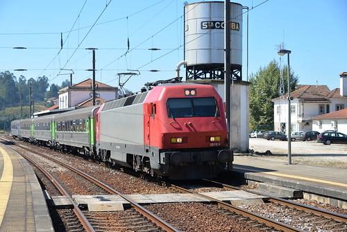 Santa Comba Dao ( district de Viseu ) IC 511 Lisboa St Apolonia - Guarda , serie CP 5610