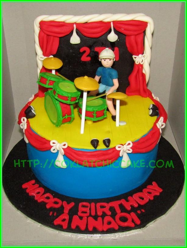 Cake drummer ANNAQI