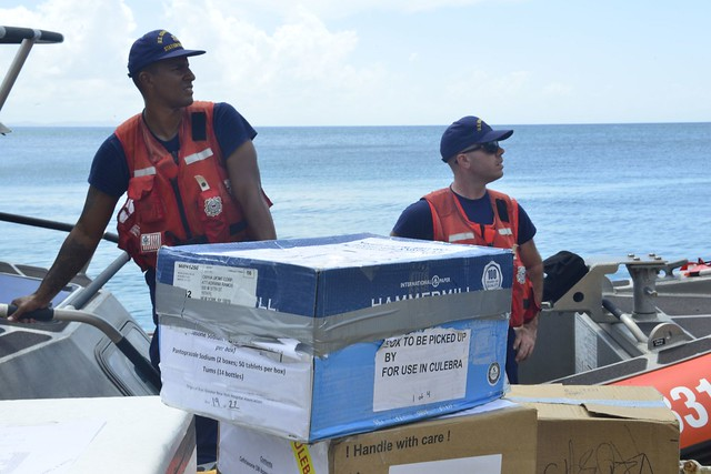 Coast Guard crews deliver medical supplies in Puerto Rico