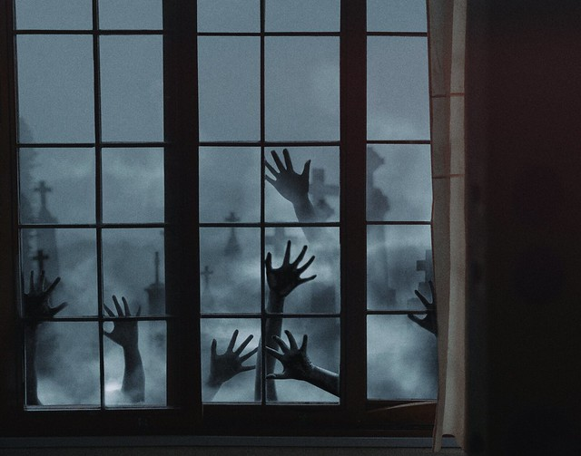 448 Praying Hands