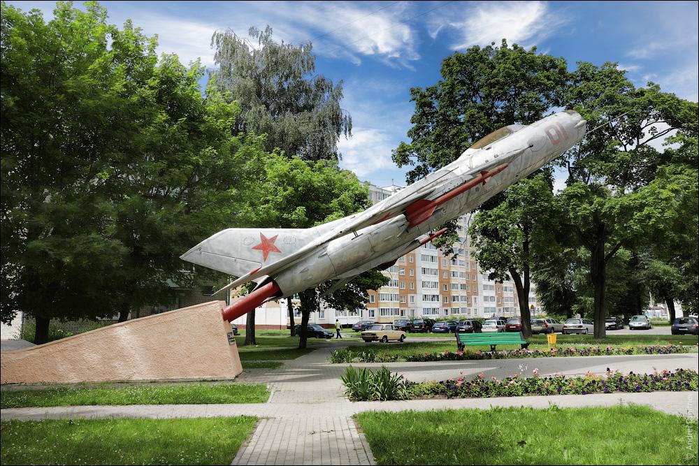 МиГ-19П