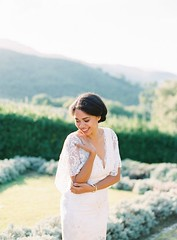 Tendance Robe du mariage 2017/2018 – Lace butterfly sleeve wedding dress: www.stylemepretty… Photography: Kristina …