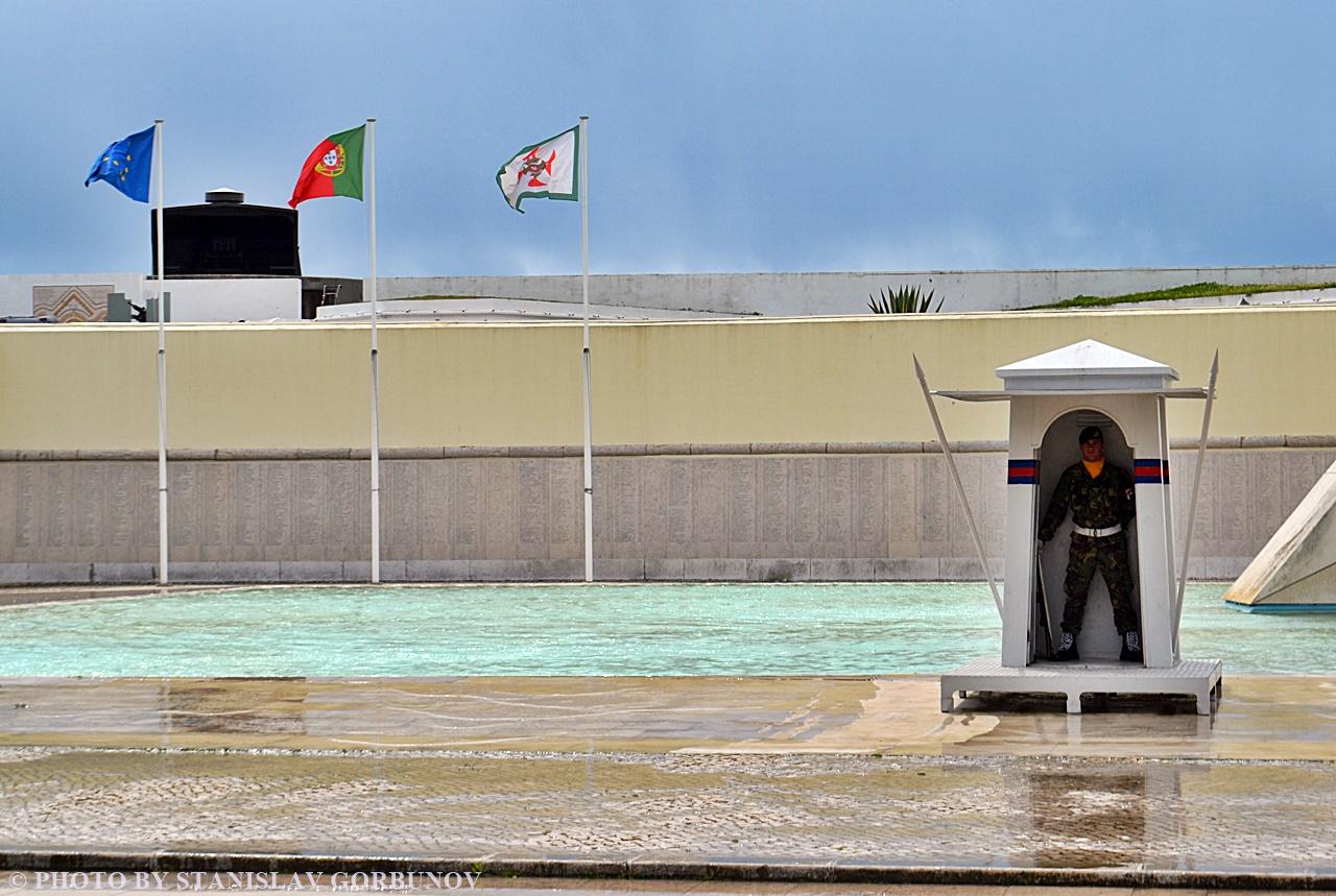 Воинский мемориал в Лиссабоне или за что гибли португальские солдаты в далёкой Африке