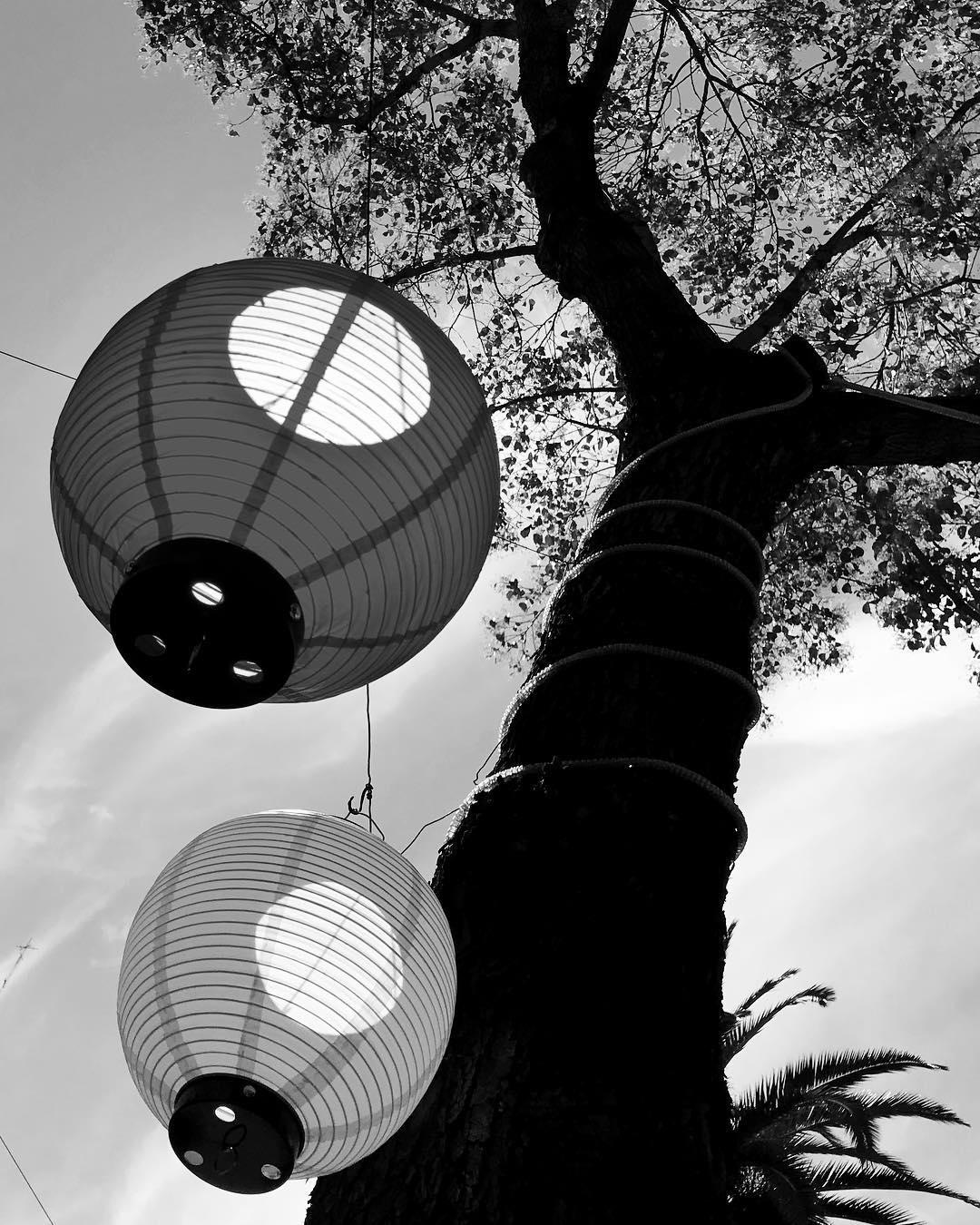 Festival de la Luna . . . . #ChinaTown #bnw #blackandwhite #ba #blackandwhitephotography #barriochinord