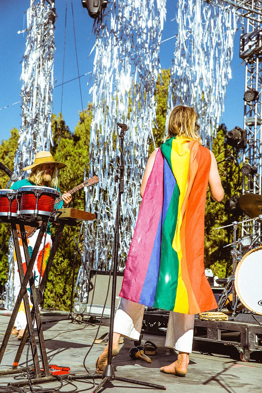 babe-rainbow