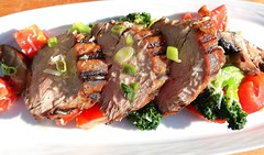 GRILLED PORK TENDERLOIN WITH PORTOBELLO, BROCCOLI AND TOMATO