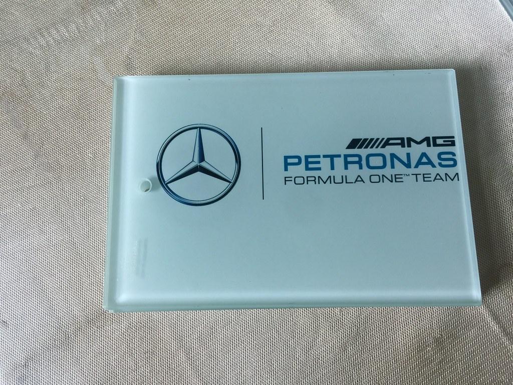 Thớt Kính Cường Lực 3D Wada239 in logo Mercedes AMP Petronas