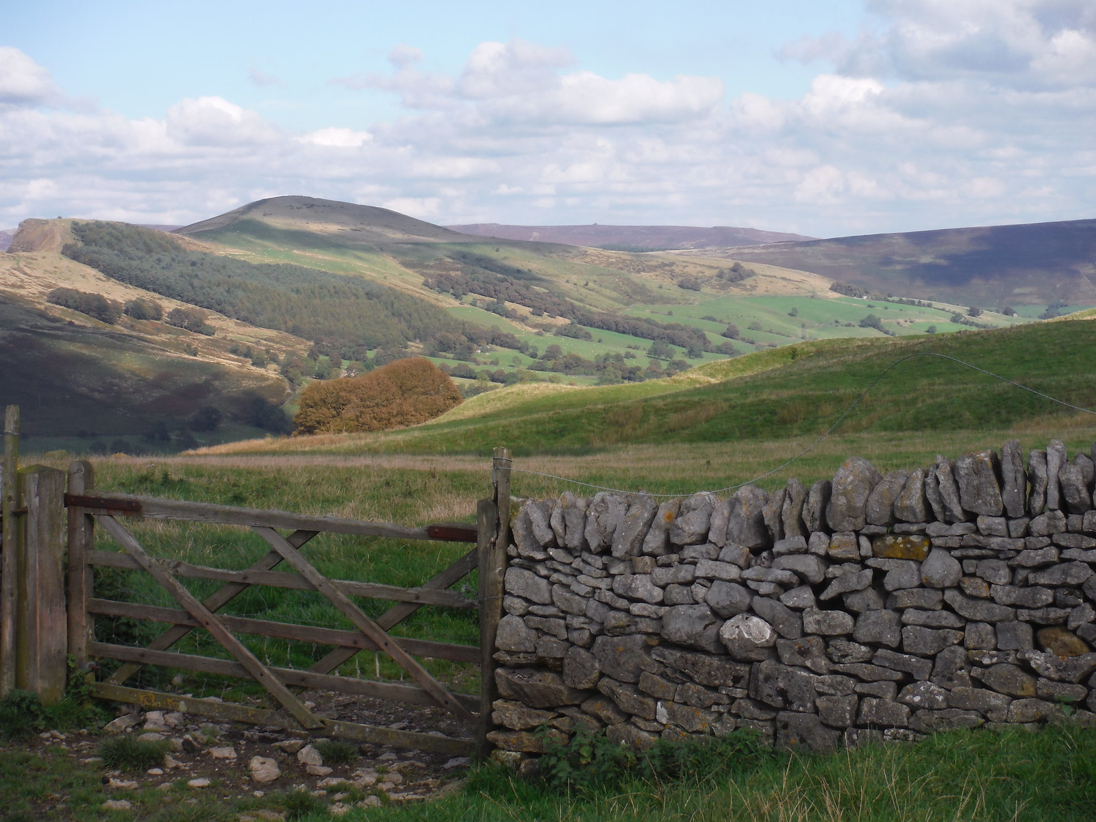 Back Tor, Lose Hill, Derwent Edge SWC Walk 302 - Bamford to Edale (via Win Hill and Great Ridge) [Castleton Alternatives]