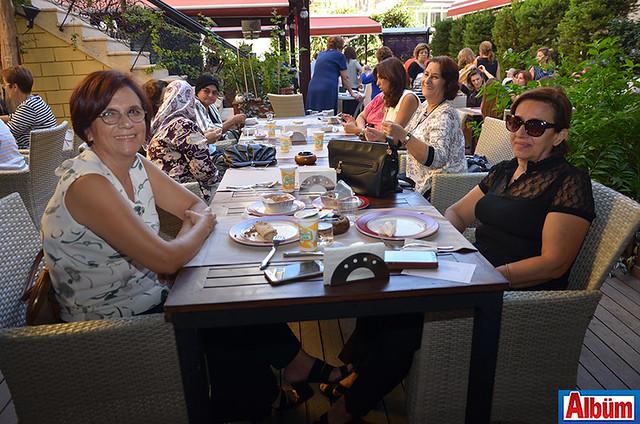 Habibe Keskin, Nejla Hartoğlu