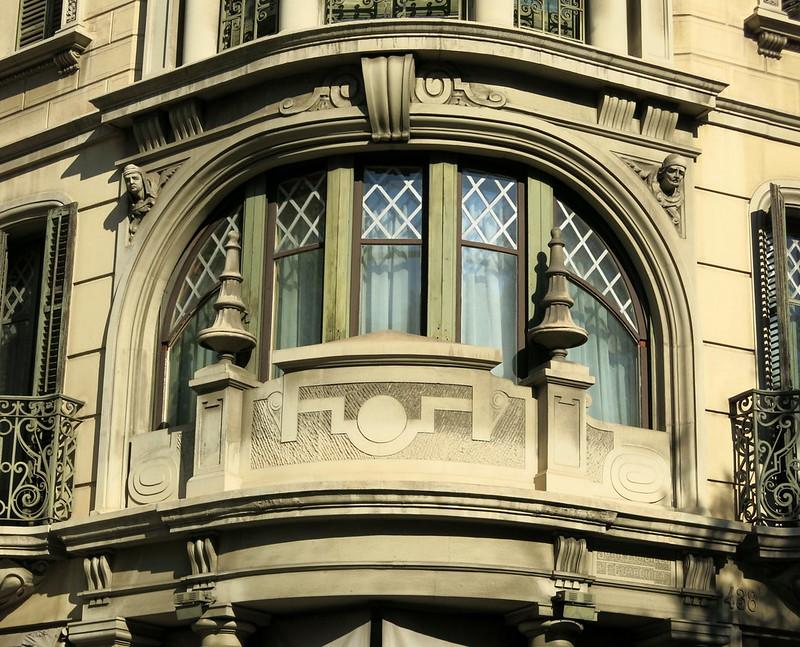 Curved corner window, the Eixample, Barcelona