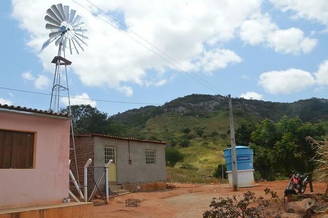 Na Vila Jatiúca, em Santa Cruz da Baixa Verde, a maioria da água utilizada pelos moradores é de poço escavado em uma propriedade privada. - Créditos: Kátia Viana