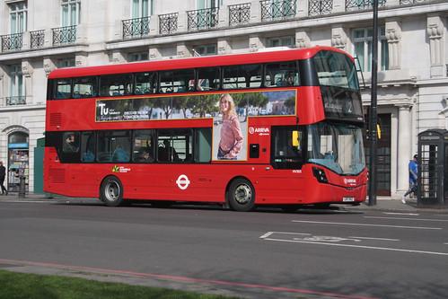 Arriva London HV303 LK17AGZ