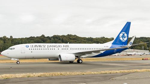 737-800_B-1326_10-19-201-1