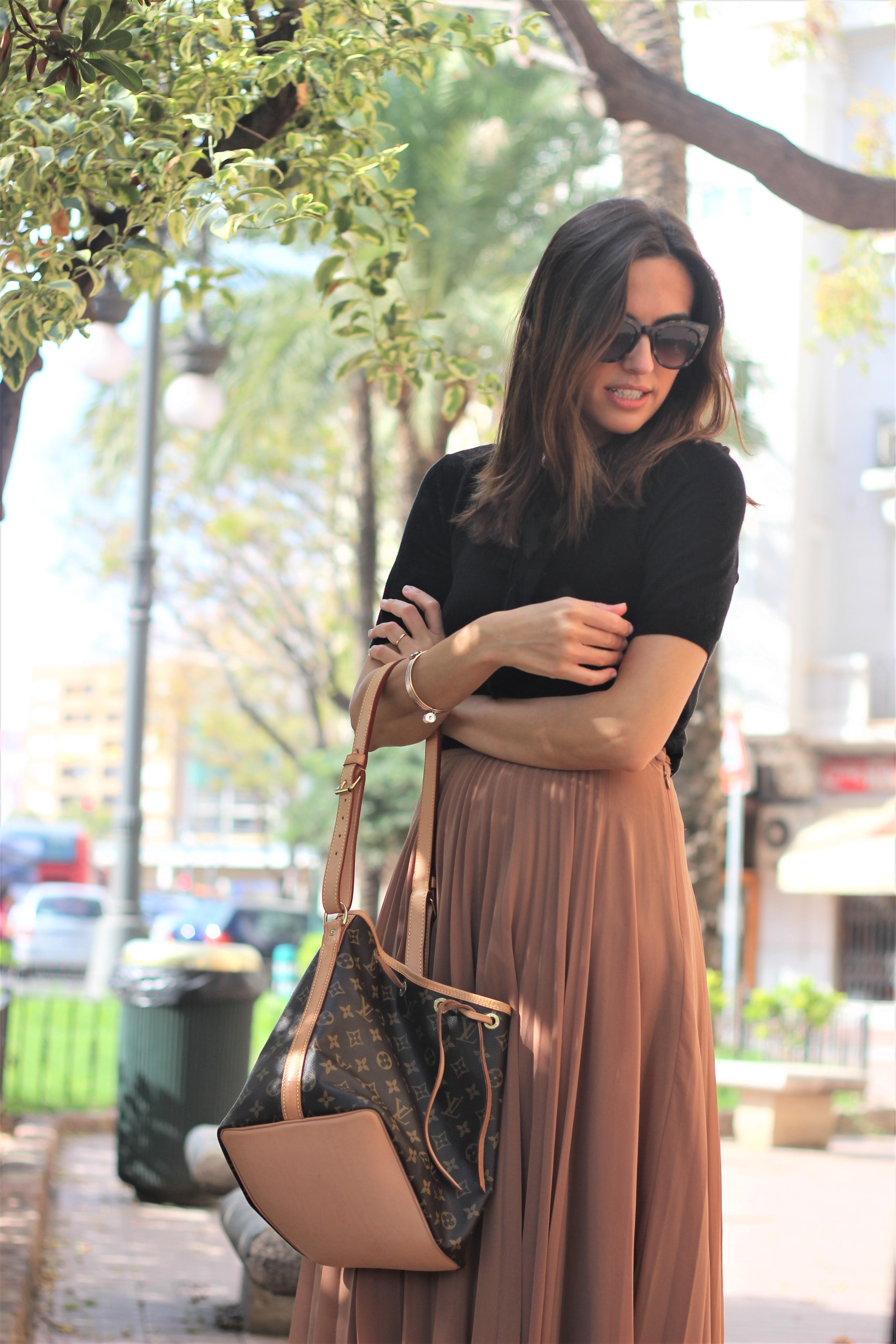 Falda plisada_ Rojo Valentino Blog (7)