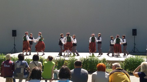 Tautu_dejas (6)