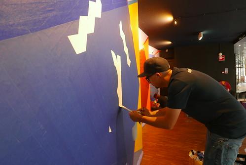 Tape art op muur Gigiant