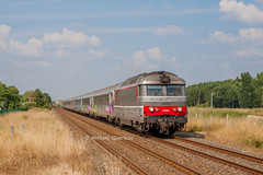 22 juillet 2013  BB 67475  Train 3835 Nantes -> Bordeaux Gauriaguet (33) - Photo of Cavignac