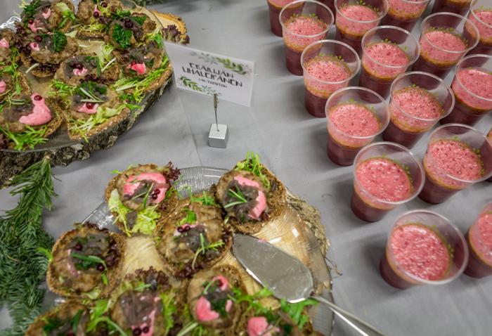 republic showroom syksy 2017 eräilijän lihaleipä banaani puolukka smoothie  (1 of 1)