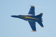 "Blue Angel ""pulling Gs"" drop in air pressure condenses moisture DSC_0058_C"