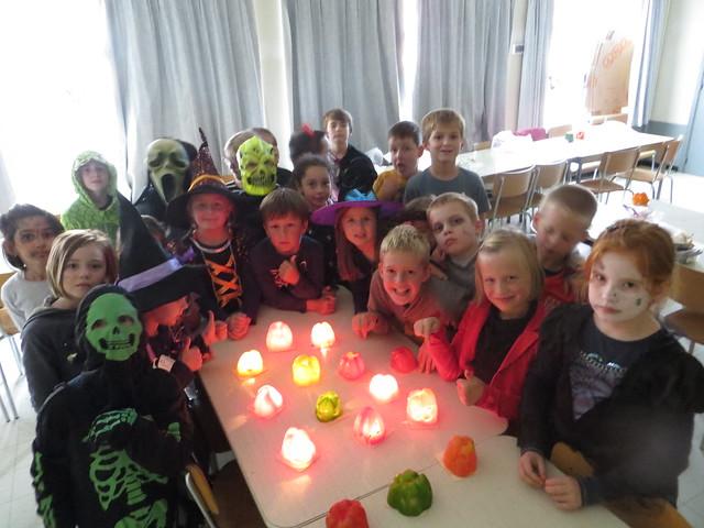 27 oktober halloween knutselen (3de leerjaar)