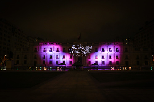 La Moneda se viste de Violeta