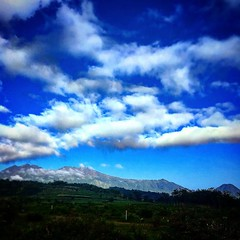 Senin Pagi. #moday #morning #mountain and #sky