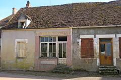 Dans les rues de Saint-Révérien (Nièvre) - Photo of Montenoison
