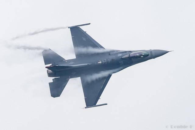JASDF Chitose AB Airshow 2017 (69) PACAF F-16C - 92-887