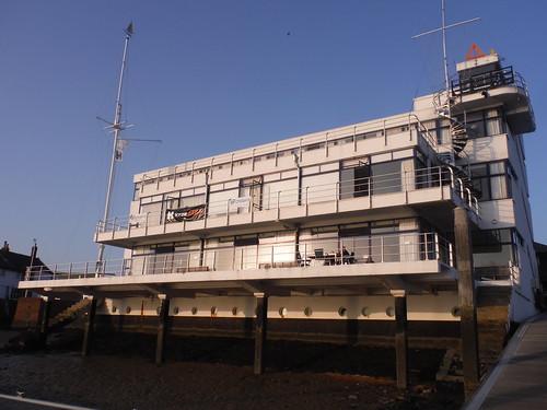 The Royal Corinthian Yacht Club (Grade II*), Frontview