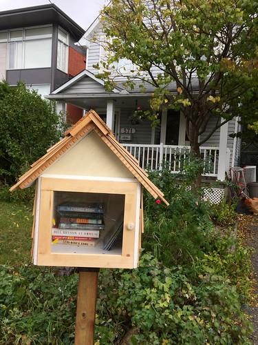 new mini library!