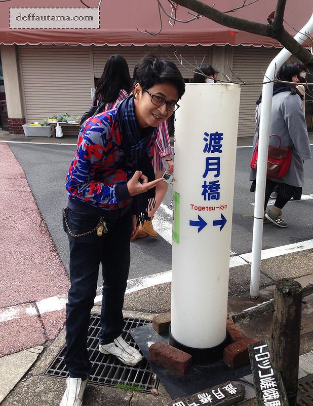3 Hari Keliling Kyoto - Petunjuk Togetsukyo Bridge