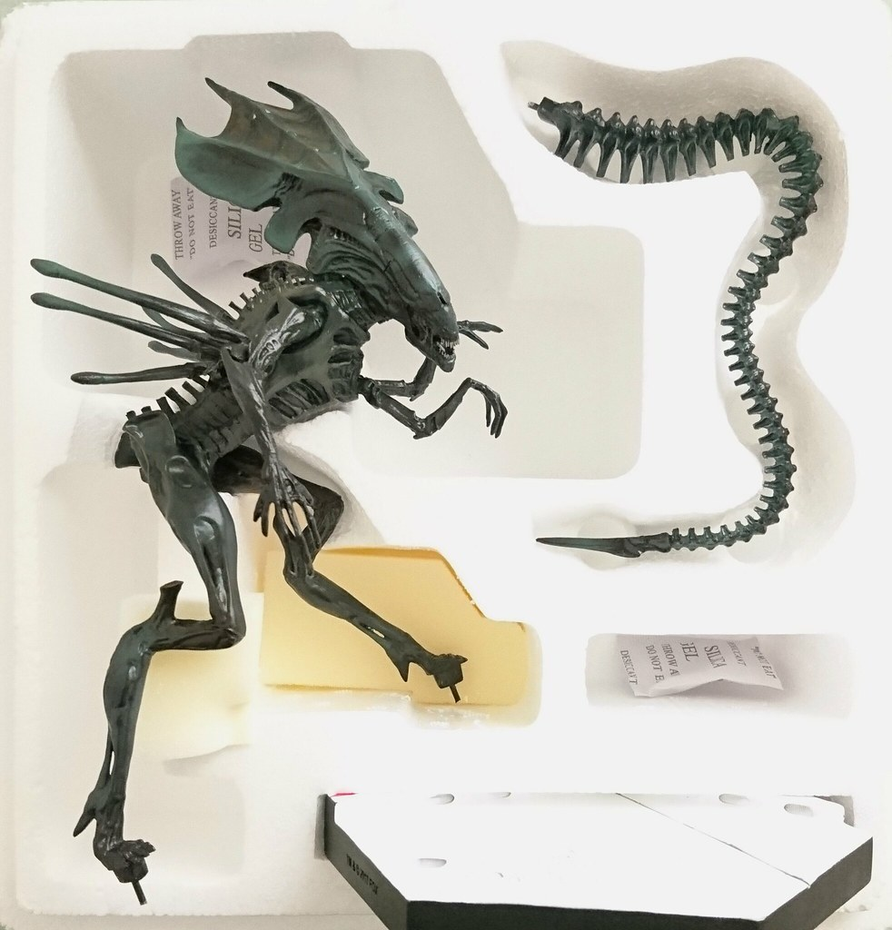 Eaglemoss Hero Collector HC The Alien Predator Figurine Collection Aliens Xenomorph Queen