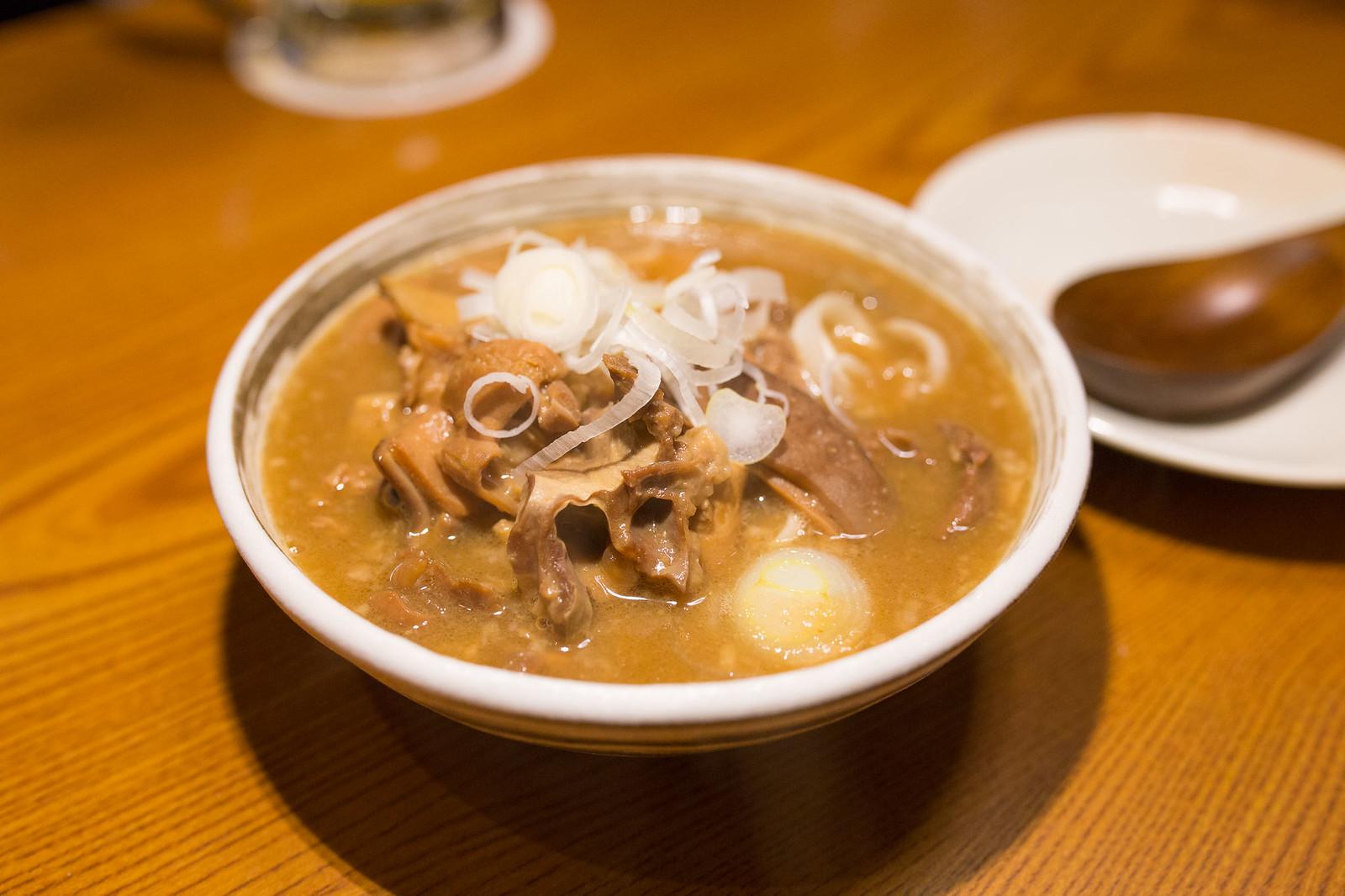 Shinjuku_meiten_yokocho-84