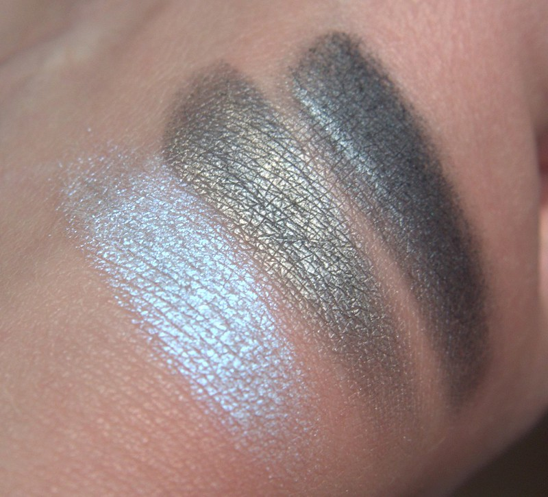 Make Up Store Moon Shadow palette swatches