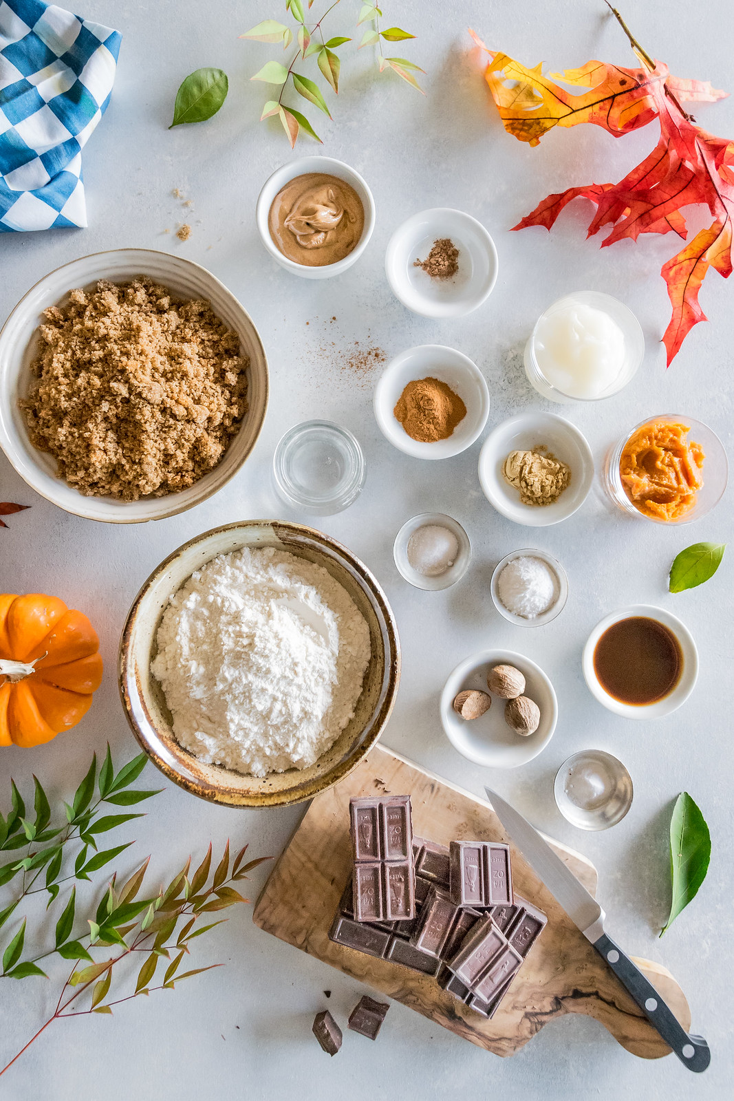 it's October, so let's do some fall baking!