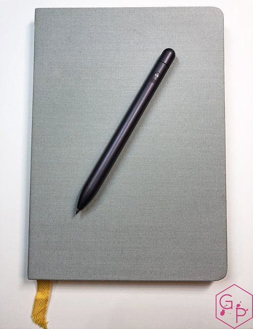 Review @BaronFig Limited Edition Squire The Insightful Spectre Rollerball Pen 8