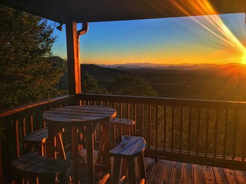 jennifertaylor mobilephotography iphone6s blueridge mineralbluff appalachians mountains highviewlodge cabin thegreatoutdoors sunrise
