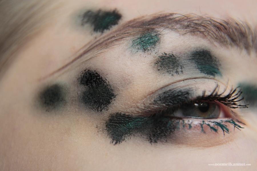 mold makeup