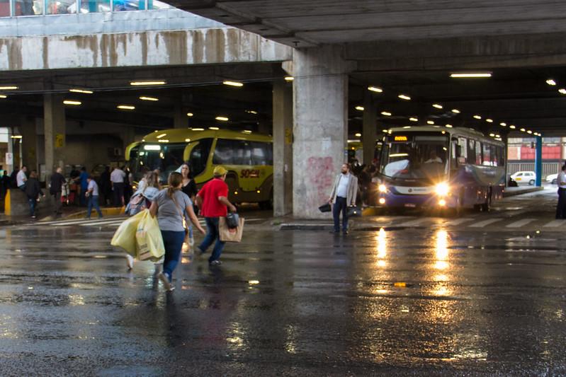 Terminal de ônibus do camelódromo
