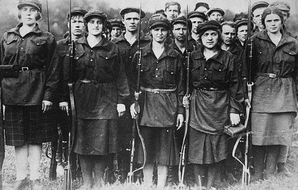 Artigo | A luta das mulheres e a atualidade da Revolução de Outubro de 1917