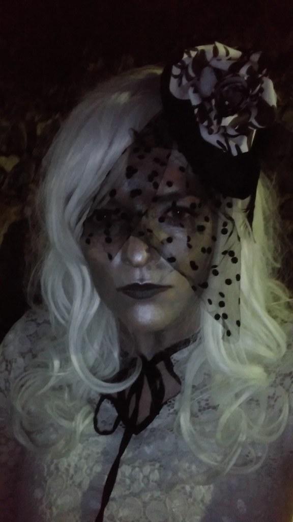 Halloween_Eva Blake film noir