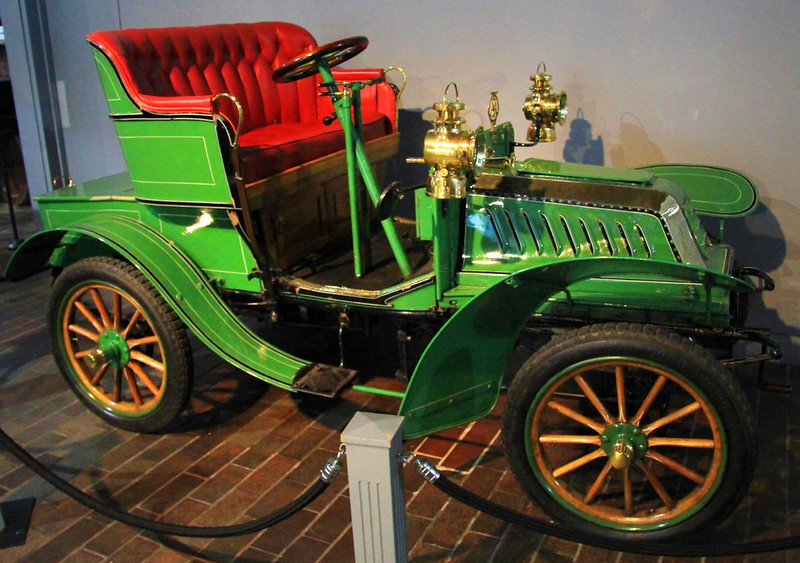 1903 De Dion Bouton Model Q at Beaulieu National Motor Museum. Credit Karen Roe, flickr