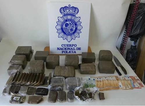 2017-11-07 Cádiz Detenidos Droga (2)1