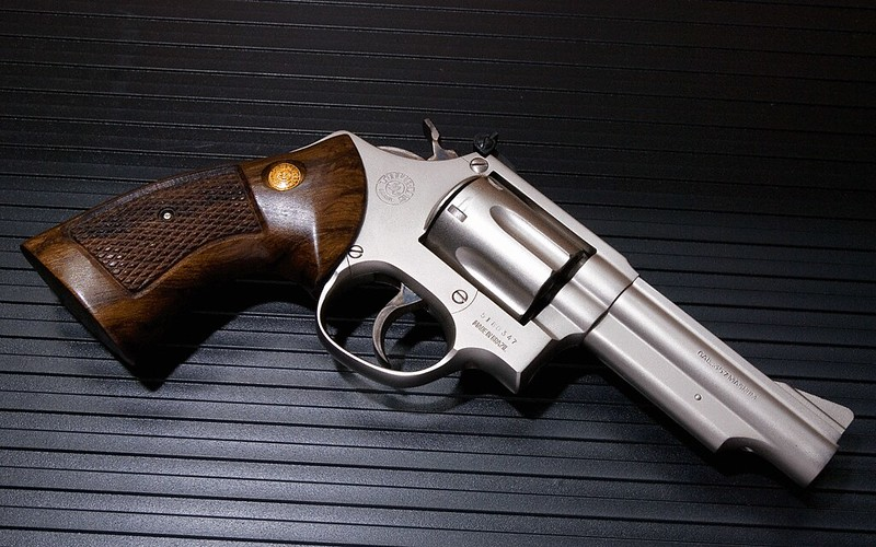 Smith et Wesson 357 36917848534_64b774a877_c