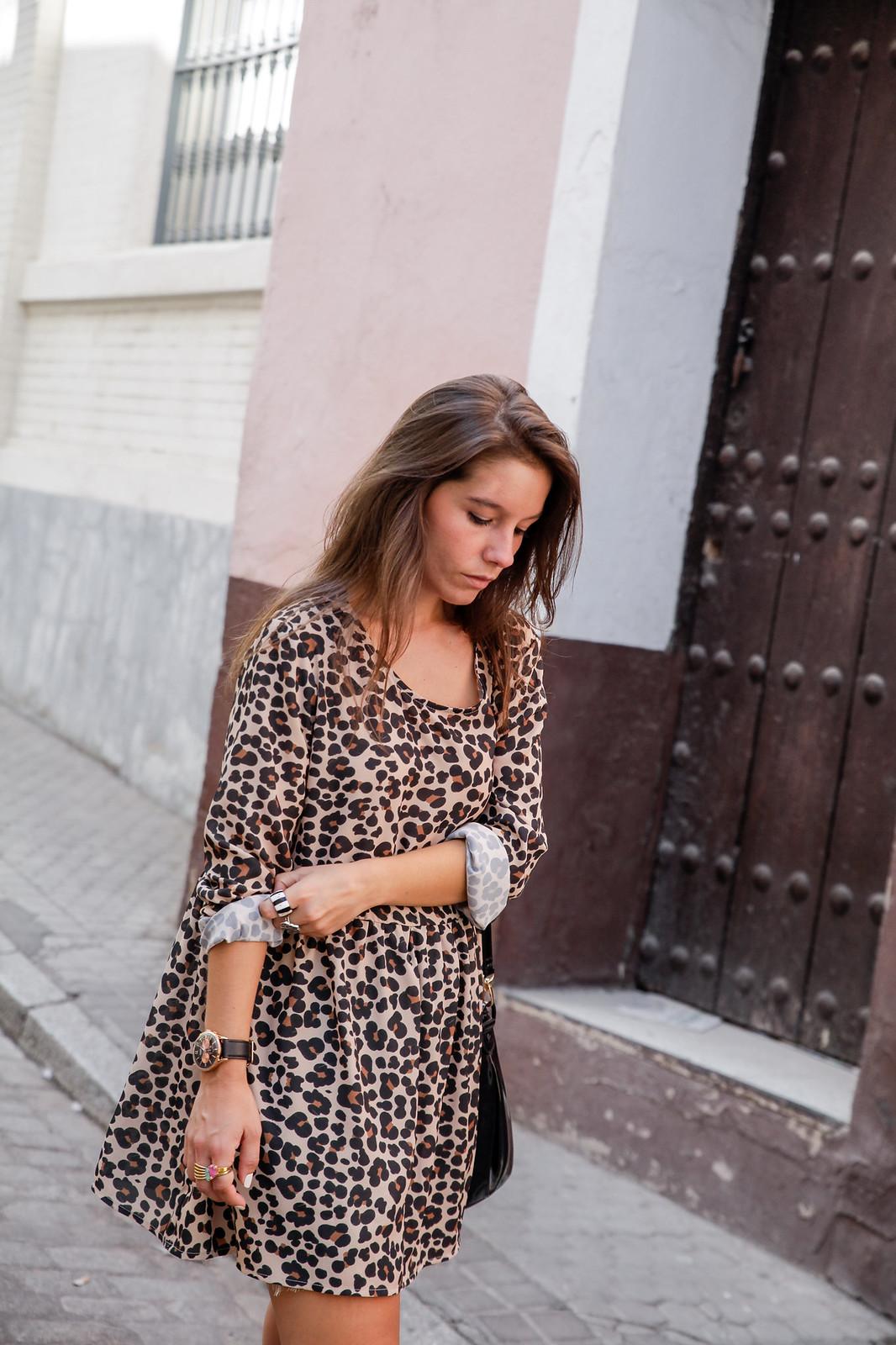 leopard sevilla influencer