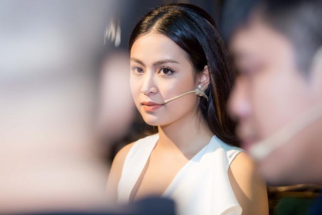 Hoang Thuy Linh ra tu truyen: 'Toi no Vang Anh mot loi xin loi' hinh anh 1