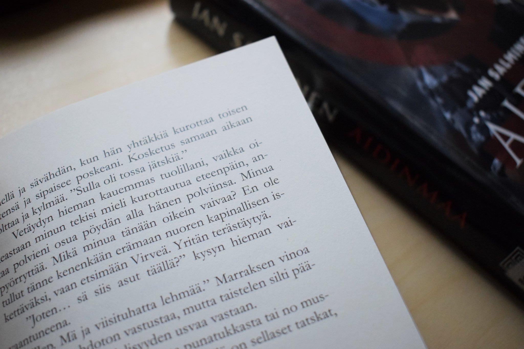 12 syytä lukea kirjoja