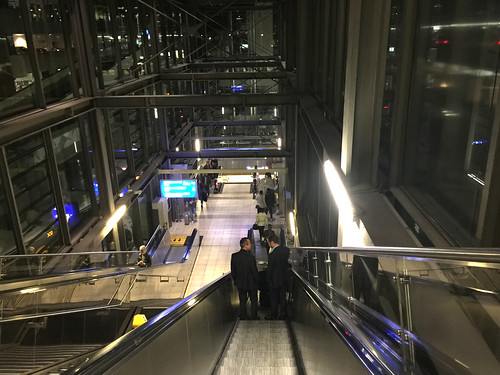 03 - Rolltreppen / Escalator - Flughafen-Frankfurt