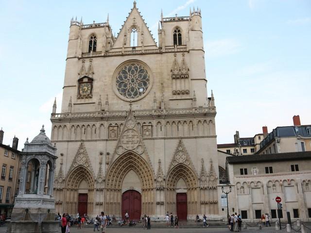 catedrala obiective turistice lyon 1
